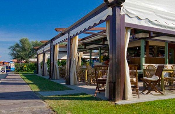 Bagno nuova italia residence colombo viareggio - Bagno italia ristorante ...